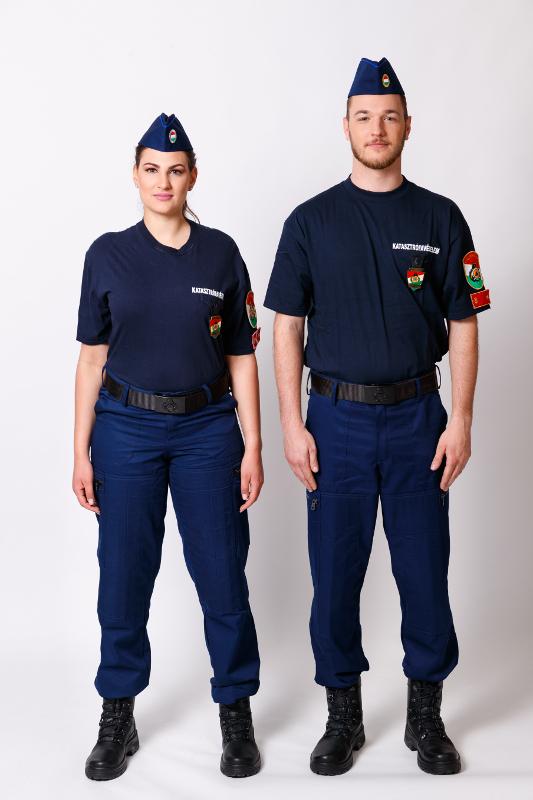 A 10M egységes rendészeti gyakorlóruházat kép kattintásra nagyítható