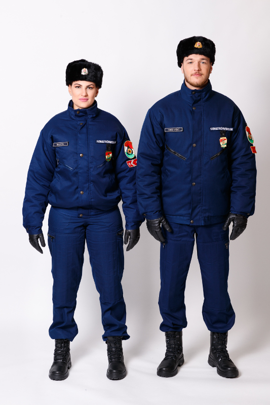 A 10M egységes rendészeti gyakorlóruházat téli viselete
