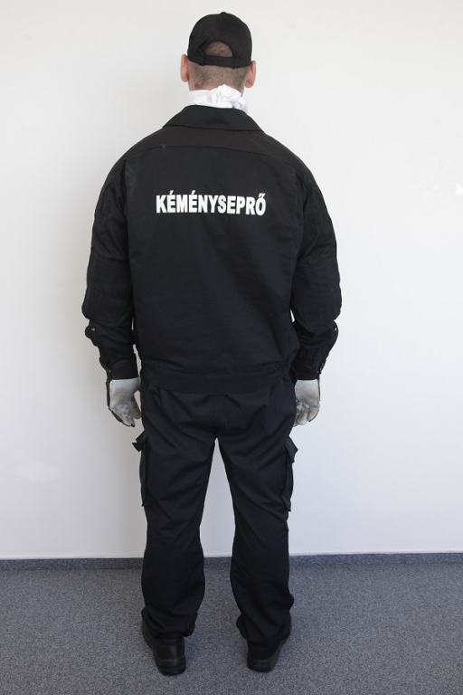 Kéményseprői ruházat (hátulról) kép kattintásra nagyítható