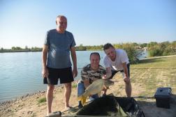 A horgászok sportemberekhez méltóan viselkedtek a versenyen.